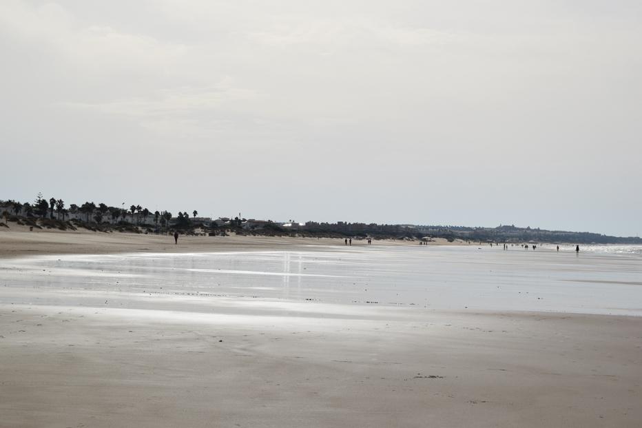 playa La Barrosa, Surya