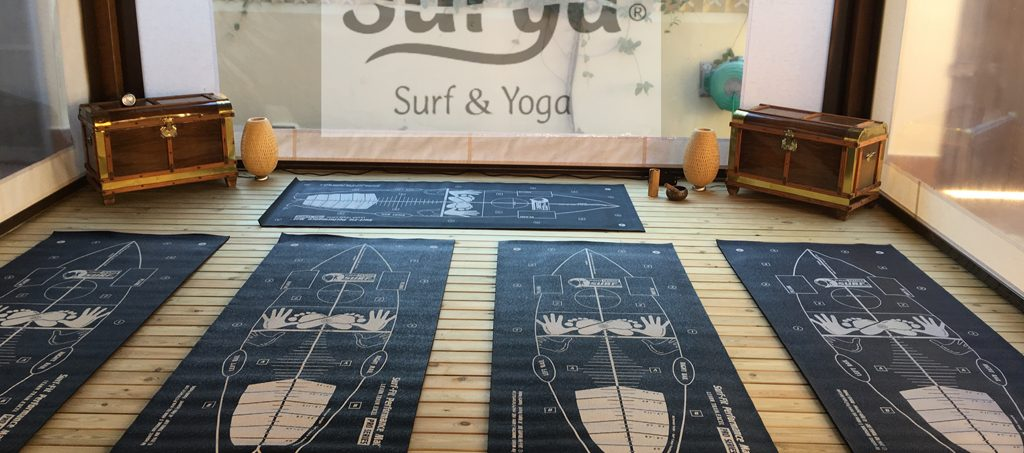 Yoga adaptado al Surf. Alfombrillas SURF Cádiz