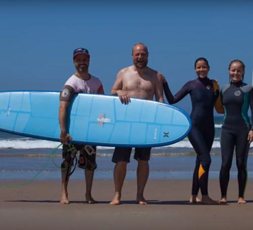 Viajes surf y yoga para empresas